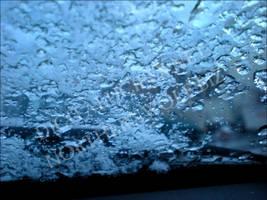 Frozen Drops by skotnoctis