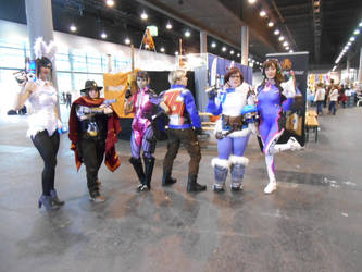 EpicCon Frankfurt 2016 cosplay: Overwatch group by Lalottered