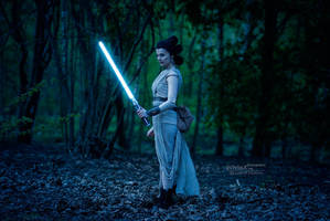 There is no emotion, there is peace [Rey TFA] by FaerieBlossom