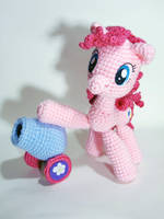 Pinkie Pie and her Party Cannon by periwinkleimp