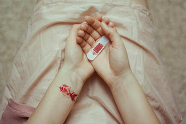 wound by laura-makabresku