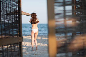 Seaside Girl by platen