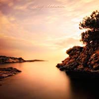 eftelya by QUEEN-OF-LONELESS