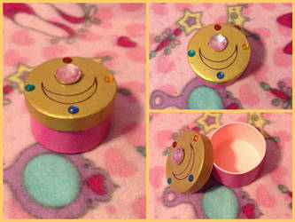 Small Sailor Moon Inspired Box by Sparklegirlmagic
