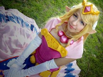 Princess Zelda- Cutest smile by Lady-aka-Mikuru