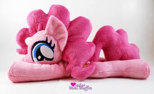 Cutie Pie Pinkie! by SailorMiniMuffin