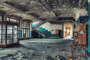 University L - End of school by Bestarns