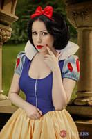 Snow White: My Fair Lady by Hello-Yuki