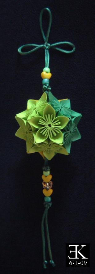 Yellow and Green Kusudama: 2 by putrescine