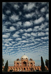 Safdarjung tomb by gilad