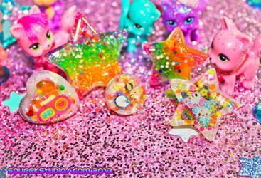 Rainbow Glitter Candy by squeekaboo
