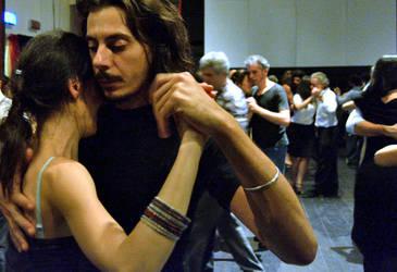 tango moment by cyrano82