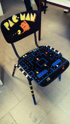 Schoolproject: PAC-MAN-Chair by Delanvia