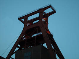 Zeche Zollverein Essen 3 by corvintaurus