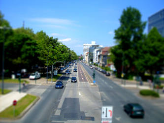 Tilt und Shift Manipulation 1 by corvintaurus