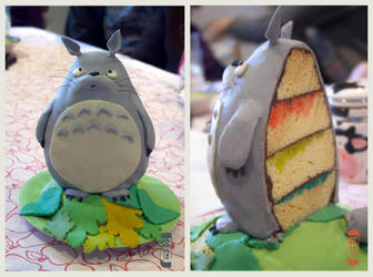 Totoro cake! by dennia
