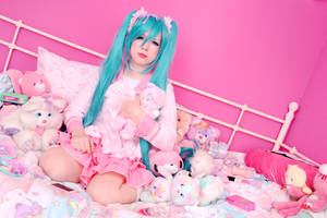 Hatsune Miku - LOL - 2 by YUUser