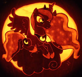 Nightmare Night - Princess Luna Pumpkin by johwee