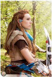 Aloy close up by illyne