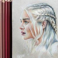 Daenerys Targaryen by aquacobalamin