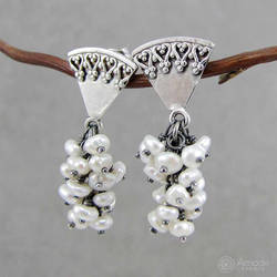 Amade Romantic Pearl Bunches Earrings by ggagatka