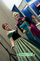 Elsa and Anna by LuckyMintPhoto