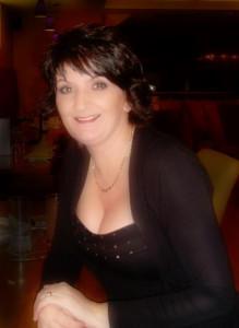 JulieLangford's Profile Picture