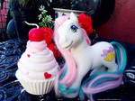 :.Lulabelle and cupcake:. by Pelusita-Fideos