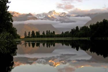 Lake Matheson New Zealand 01 by es32