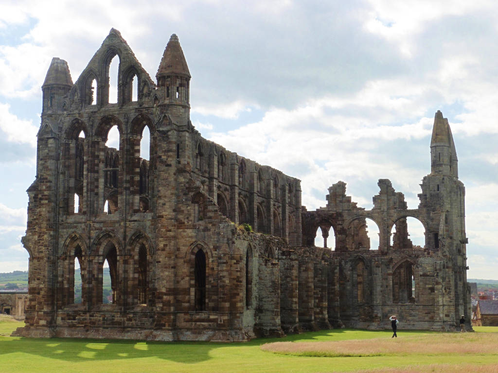 Whitby Abbey by ahappierlife
