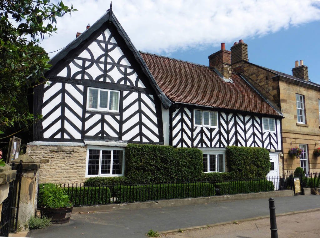 Traditional house - Helmsley, Yorkshire by ahappierlife