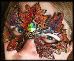 Autumn Leaf Mask by Namingway