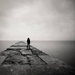 Walking to the Horizon by I-am-Avalon