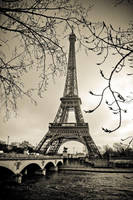 Curves of Eiffel by somebody3121