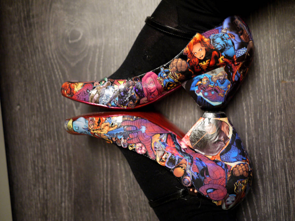 Decoupage Marvel Shoes by chibicthulhu
