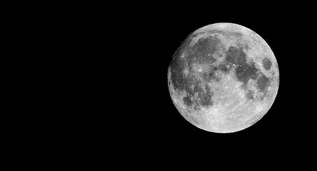 The moon is bright tonight by Manjsche