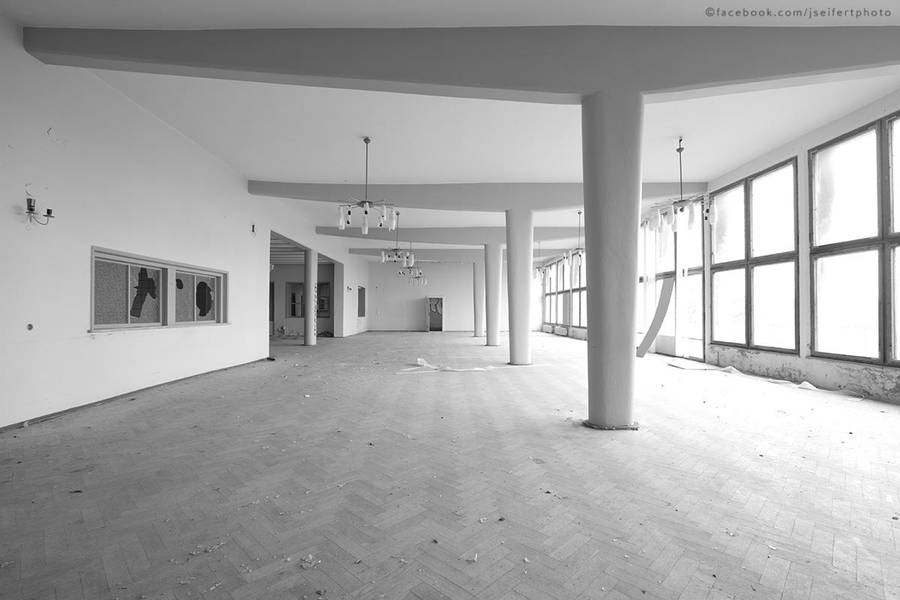 Sanatorium 1215 by thestargazer23
