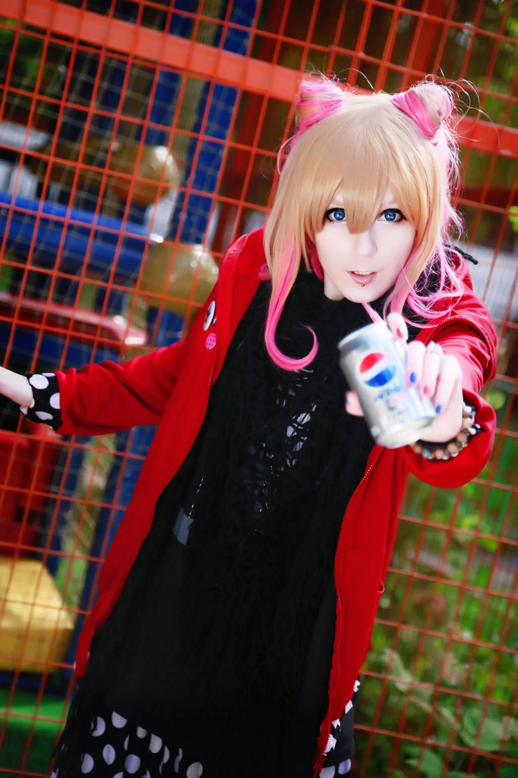 An Cafe Miku cosplay by palecardinal
