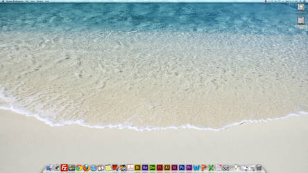Desktop Screenshots (16) by TheSkull31