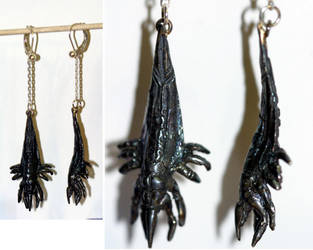 Mass Effect Reaper earrings by virtualmorrigan