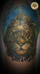 Upper arm lion color tat fin by 2Face-Tattoo