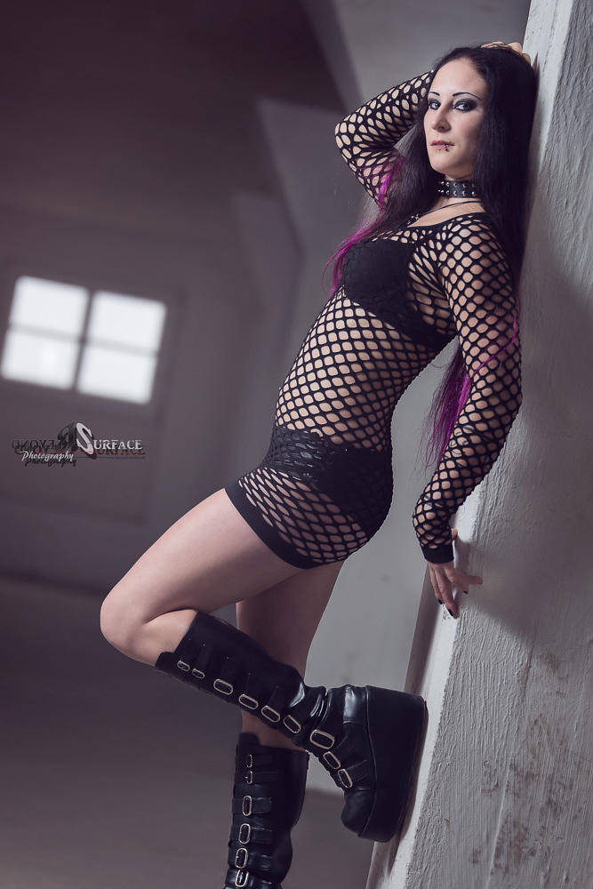 My gothic queen by Shadow-Pix