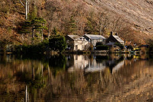 Lake side house by CharmingPhotography
