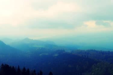 Mountains by Karolajna94