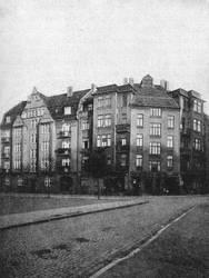 Wohnhhaeuser am Siegfriedsplatz by Risen-From-The-Ruins