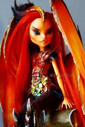 Fiery Harpy by melenka