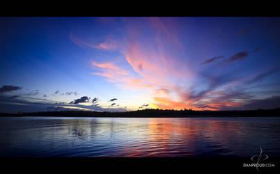 Boondoomba Lake by dannyp5000
