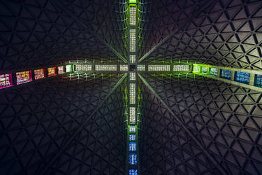 Cross Pt.02 by augustmobius