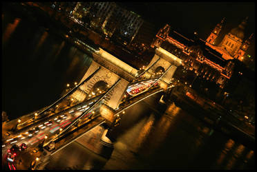 Night at the city by Cauldfield