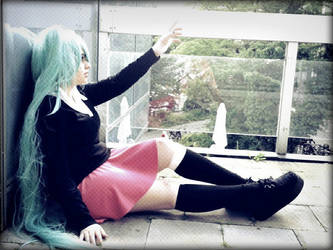 Hatsune Miku Cosplay: Rolling Girl by SmileLove98